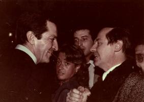 juan-ruiz-de-torres-con-el-presidente-adolfo-suarez-1982-200-x-283