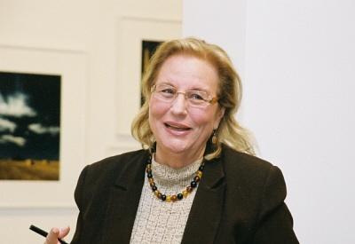 Olga Connor en el CCE Miami - 275 X 400