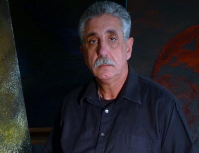 Emilio Héctor Rodríguez en el Studio 307 X 400