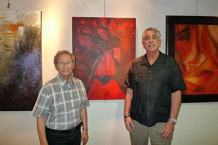 Emilio H R con el maestro Baruj Salinas en Miami Dade College 450 X 300