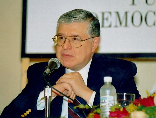 Carlos E Paldao 2002 Santo Domingo 500 X 381